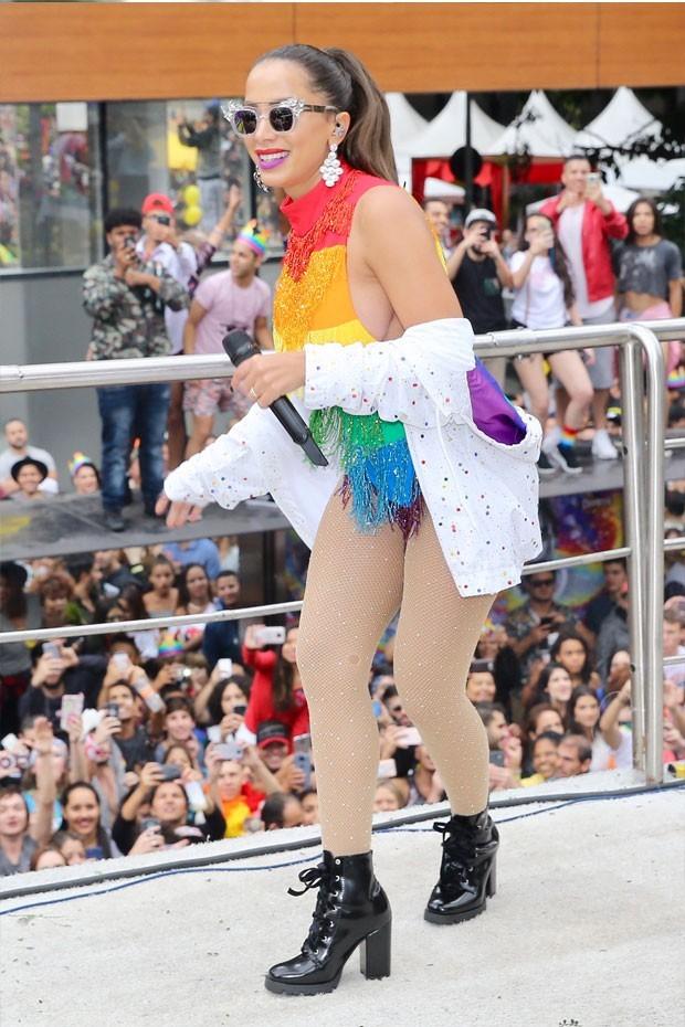 Anitta na parada LGBT (Foto: Manuela Scarpa/Brazil News)