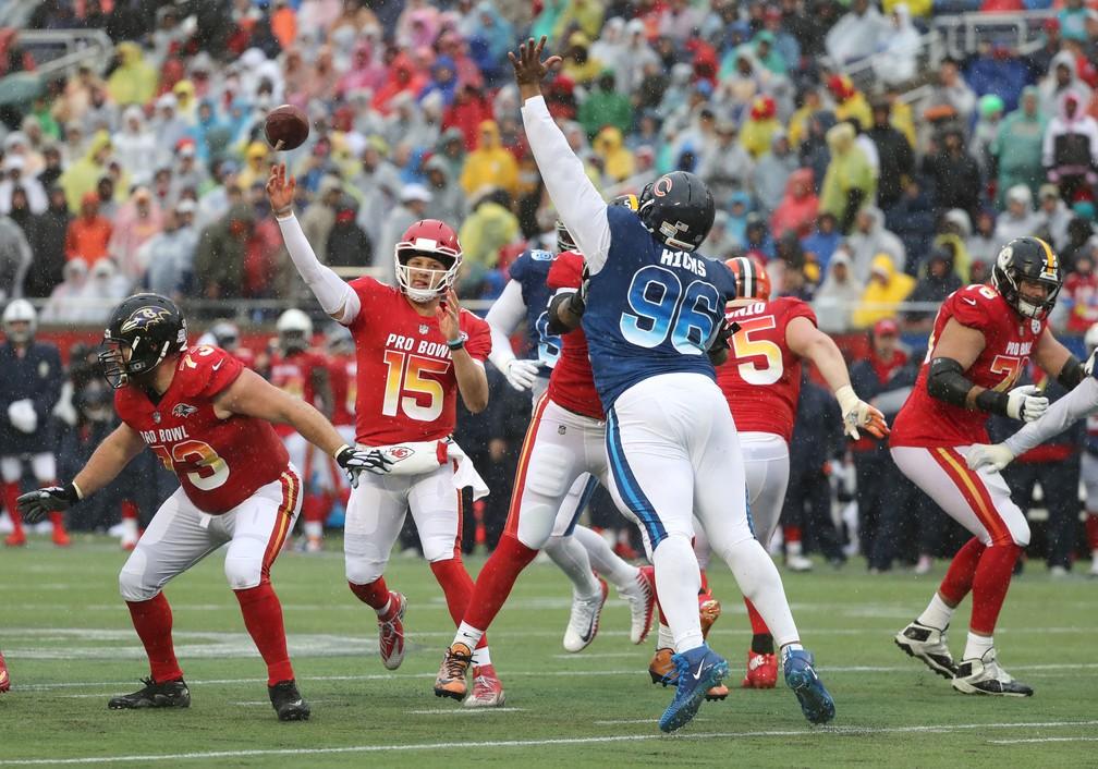 12f312275 ... Patrick Mahomes em ação no Pro Bowl — Foto  Kim Klement-USA TODAY Sports