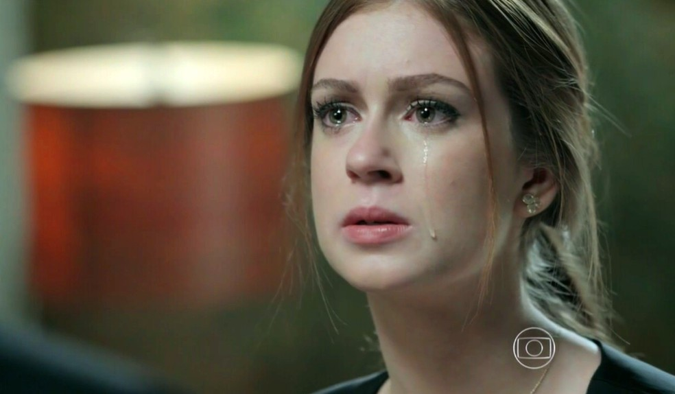 Maria Isis (Marina Ruy Barbosa) fica arrasada ao terminar com José Alfredo (Alexandre Nero) - 'Império' — Foto: Globo