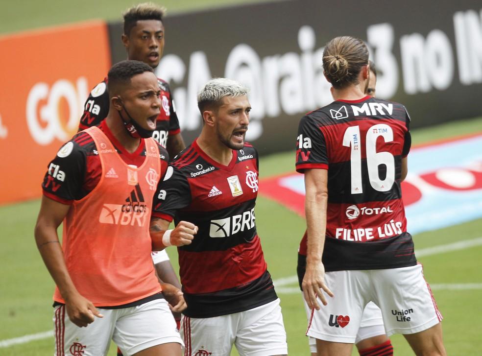 Volta por cima no momento certo, Arrascaeta vibra com retomada do Flamengo