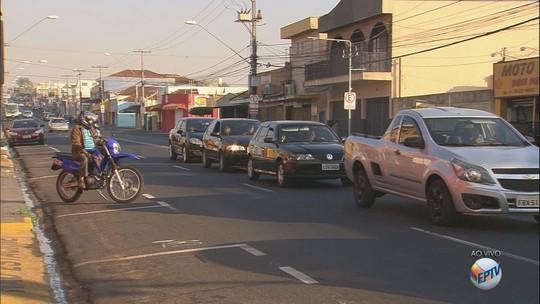 Motorista sem cartão da Área Azul na Avenida Dom Pedro I passa a ser multado em Ribeirão Preto