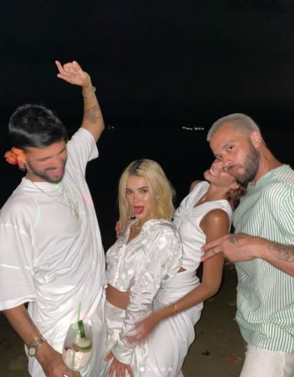 Bruna MArquezine, Manu Gavassi, André Nicolau e Marcelo Henrique (Foto: Reprodução instagram)
