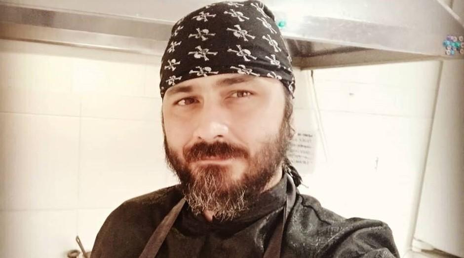 """Erik Fillies, dono do restaurante """"Cozinha Pirata"""" (Foto: Reprodução/Facebook)"""
