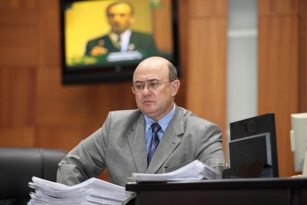 Ex-deputado de MT, José Riva relatou à Justiça o pagamento do 'mensalinho' (Foto:  Mario Friedlander/ALMT)