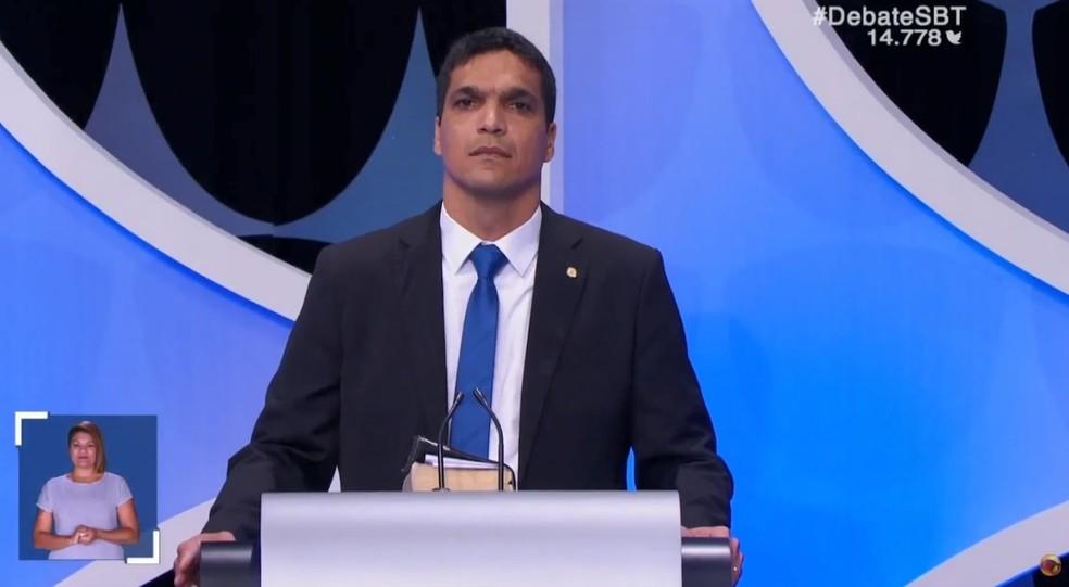 O candidato do Patriota à Presidência, Cabo Daciolo, no debate do SBT — Foto: Reprodução