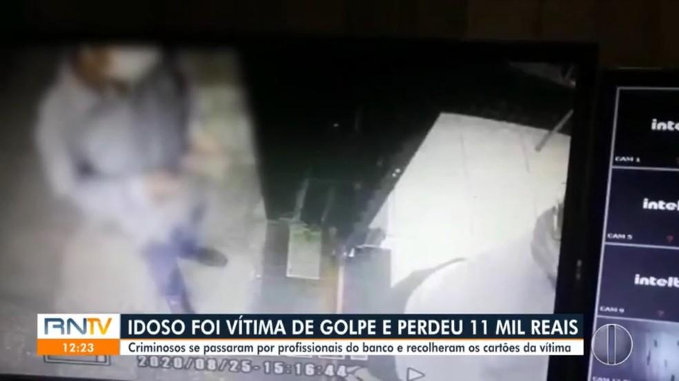 Idoso é vítima de golpe e perde mais de R$ 10 mil após entregar cartões a suposto funcionário de banco em Natal — Foto: Reprodução