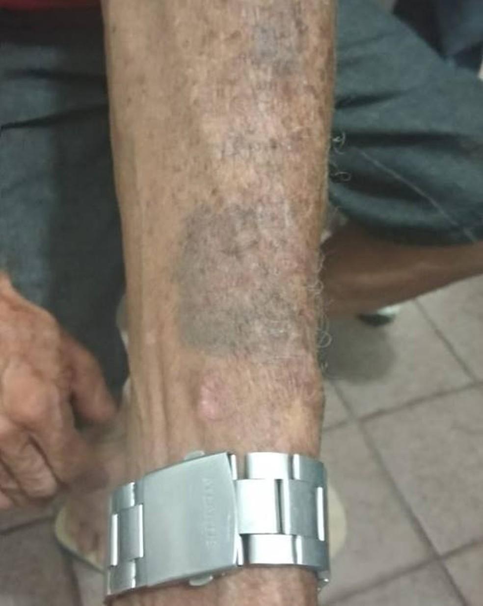 Grupo é preso suspeito de agredir e assaltar idoso em Ingá, na PB — Foto: Polícia Civil/Divulgação