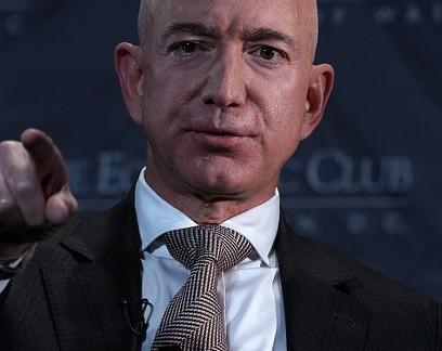 Este tuíte de Jeff Bezos ensina a lidar melhor com as críticas