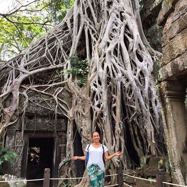 Cissa Guimarães no templo Ta Prohm, no Camboja (Foto: Reprodução/Instagram)