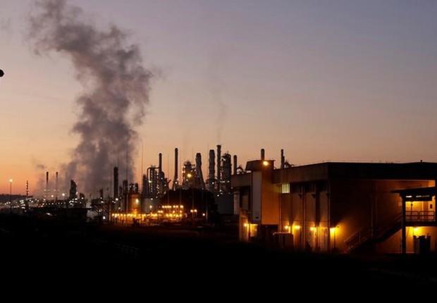 Visão geral de refinaria da Petrobras, em Paulínia, São Paulo (Foto: Paulo Whitaker/Reuters)