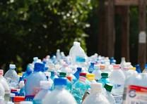dcdfc0de9 Sacola de plástico de R$ 3,5 mil está à venda no Brasil - Época ...