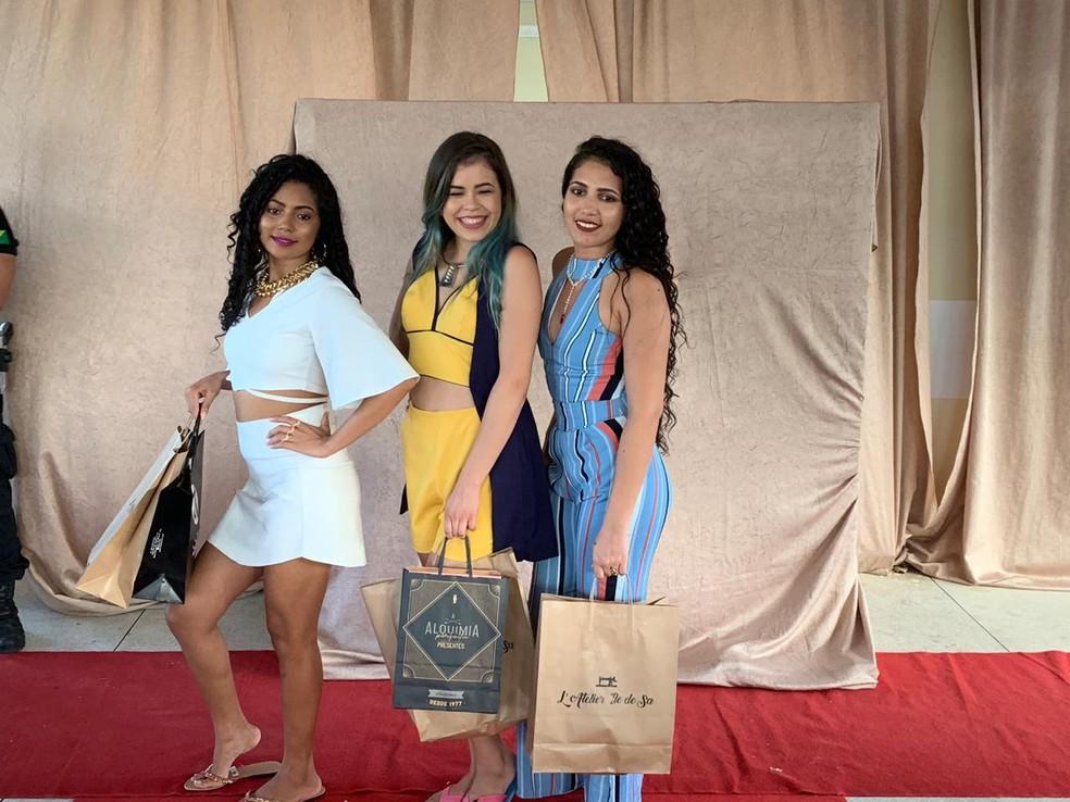 Concursou elegeu três presas mais bonitas entre 20 candidatas  — Foto: Divulgação/Iapen-AC