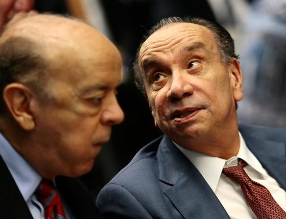 O senador José Serra e o ministro das Relações Exteriores, Aloysio Nunes, padrinhos da indicação de Souza para a Dersa (Foto: JORGE WILLIAM/AGÊNCIA O GLOBO)