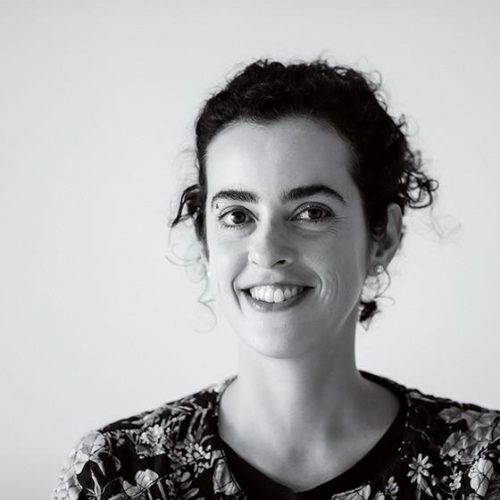 AUTOFICÇÃO A escritora carioca Julia Wähmann, autora de Manual da demissão (Foto: Mauro Pinheiro Jr.)