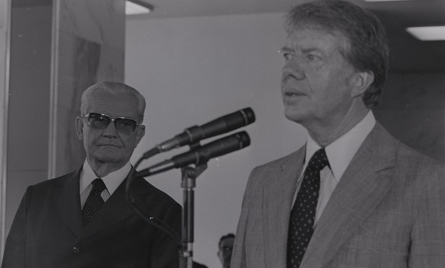 Jimmy Carter discursa ao lado de Ernesto Geisel em Brasília, em 1978
