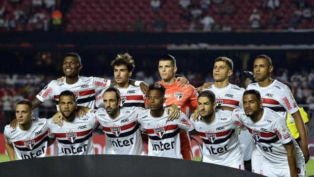Time titular do São Paulo contra a LDU