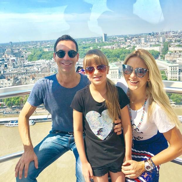 César Tralli, Rafinha Justus e Ticiane Pinheiro na London Eye (Foto: Reprodução Instagram)