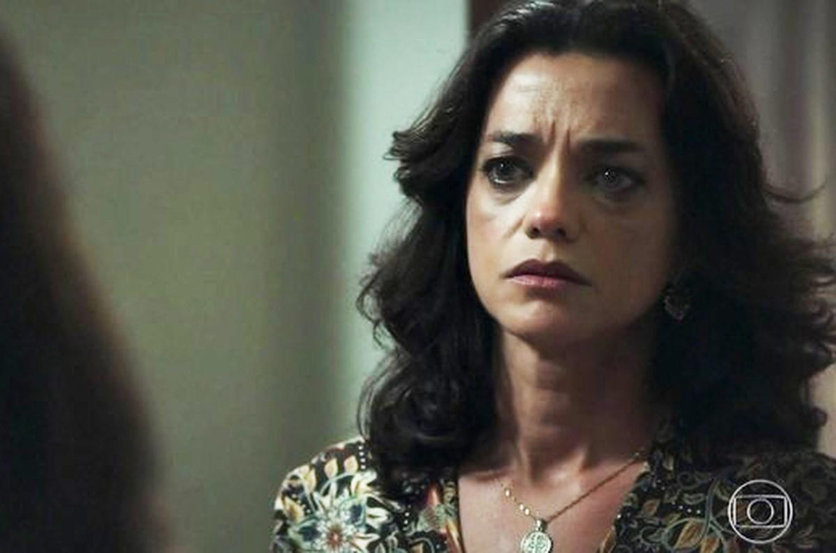 Ana Cecília Costa Atriz valéria humilha missade e cozinheira pede demissão   Órfãos