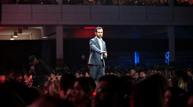 Eric Santos, cofundador da Resultados Digitais: quatro mil pessoas se reuniram para ver sua apresentação  (Foto: Divulgação)