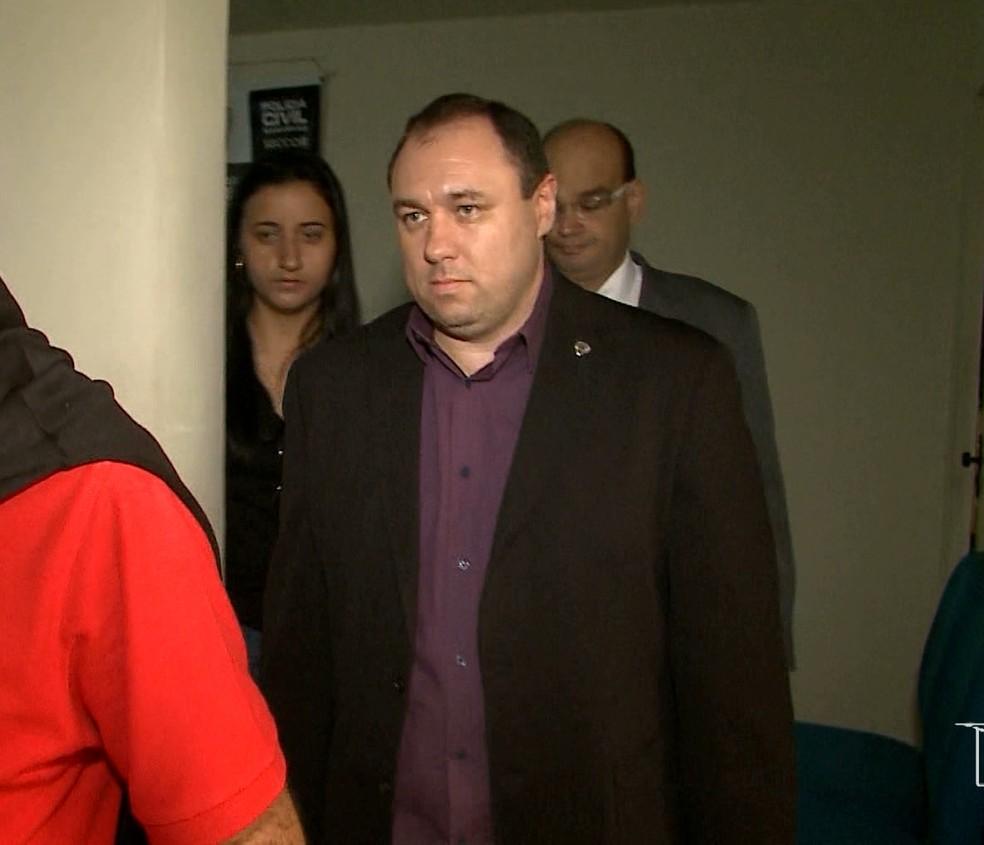 Tiago Bardal não será  solto porque teve prisão preventiva decretada pela justiça em outro caso de contrabando no âmbito estadual (Foto: Reprodução/TV Mirante)