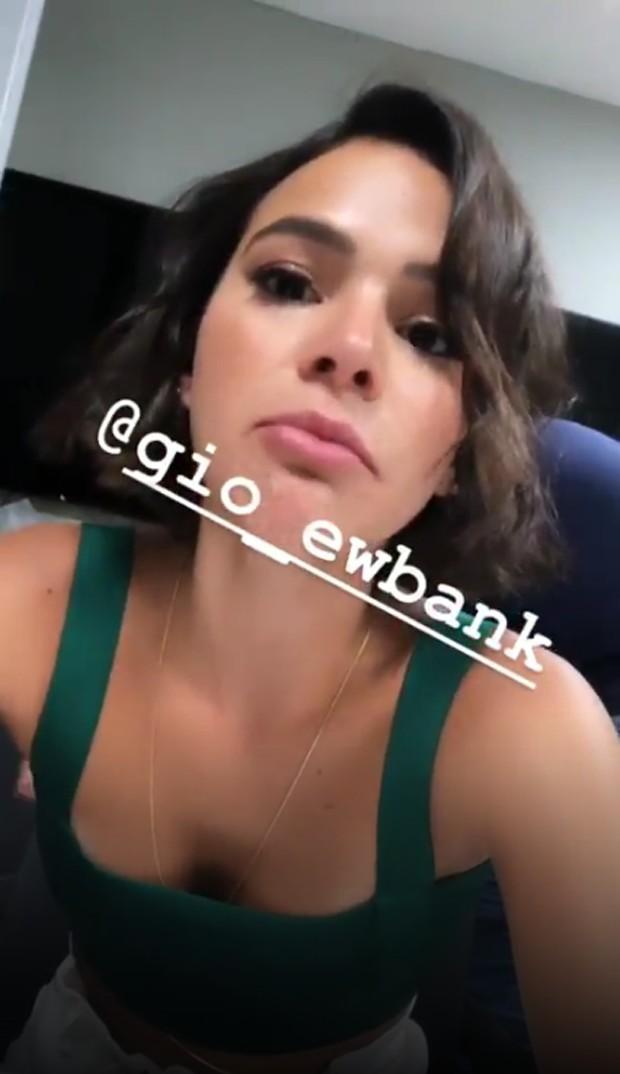 Bruna Marquezine brinca sobre cara inchada (Foto: Reprodução/Instagram)