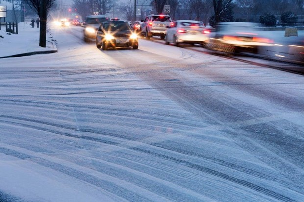 Dirigir carro na neve (Foto: Getty images )