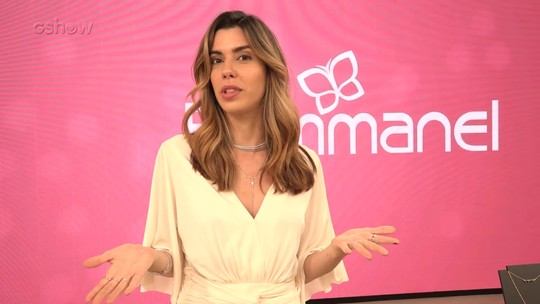 Camila Coutinho dá dicas de como diferenciar o look mudando apenas as joias folheadas