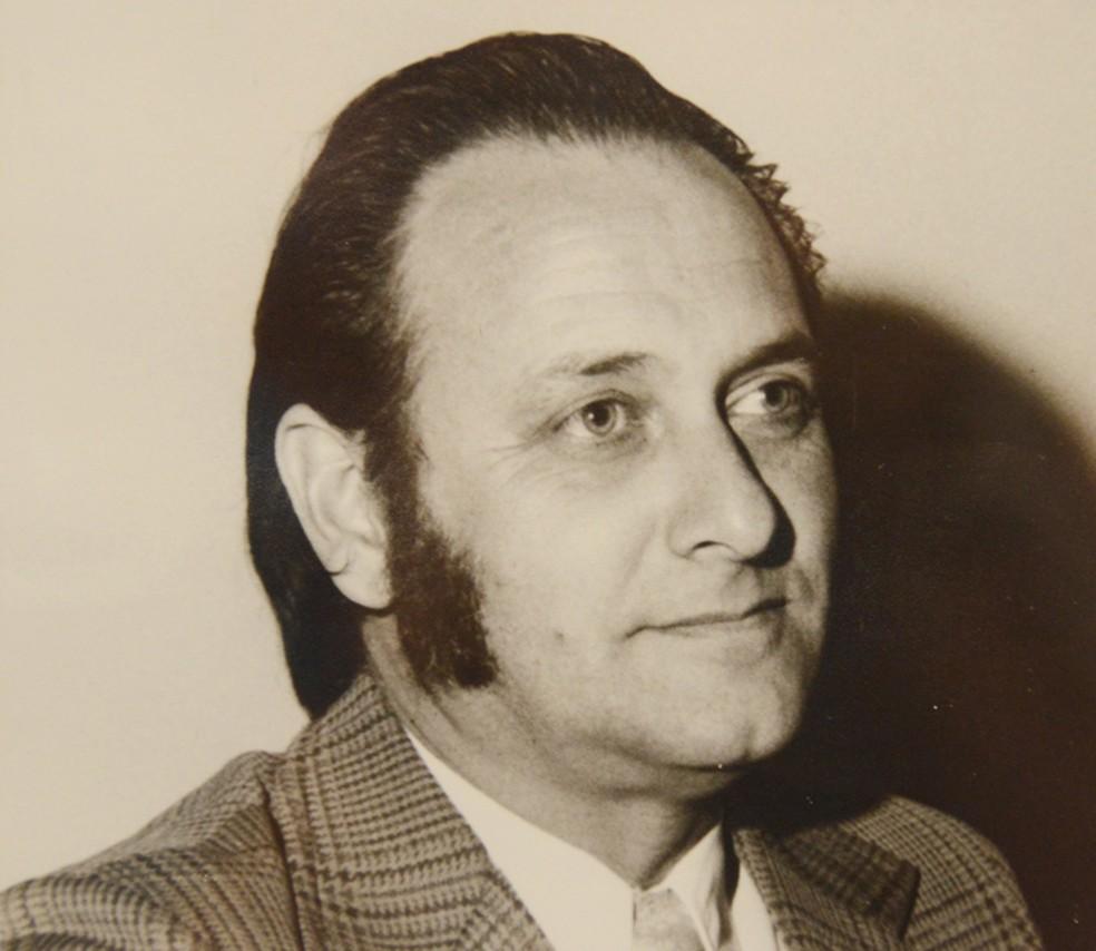 foto está no quadro comemorativo do Cinquentenário do Legislativo prudentino, no ano de 1973 (Foto: Divulgação/Câmara Municipal)