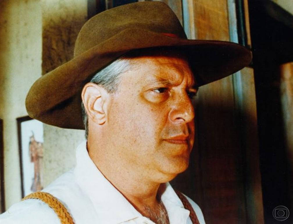 Antonio Fagundes em cena de 'O Rei do Gado', de 1996 — Foto: Memória TV Globo