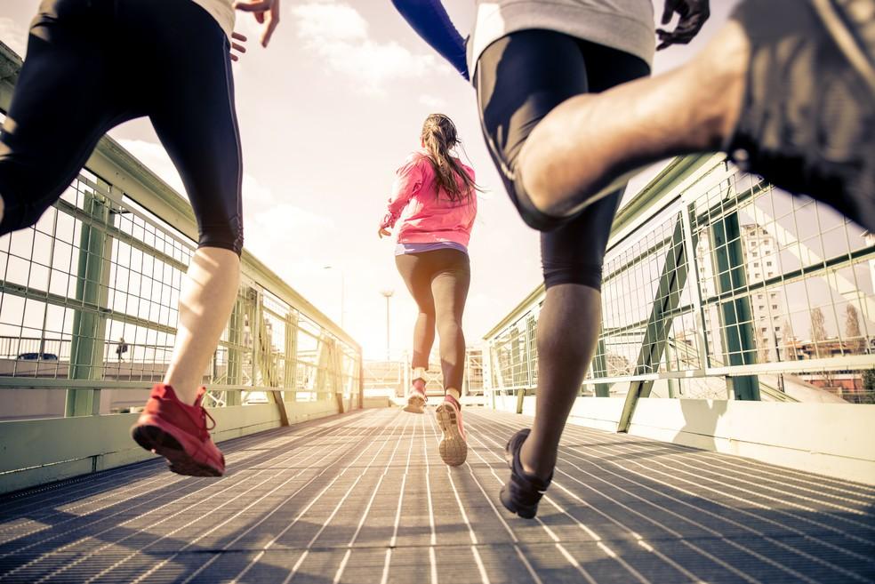 Será que é realmente necessário mudar a cadência da corrida natural de cada um? (Foto: IStock)