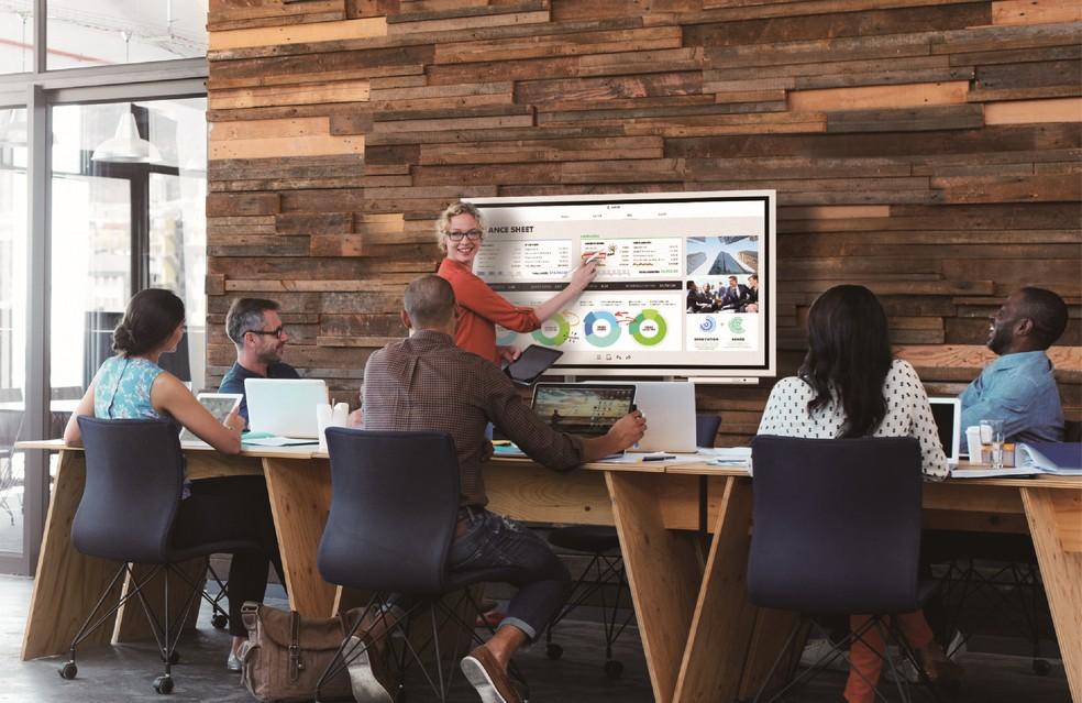 Samsung projeta uso da Flip em escritórios e empresas. Preço não foi divulgado (Foto: Divulgação/Samsung)