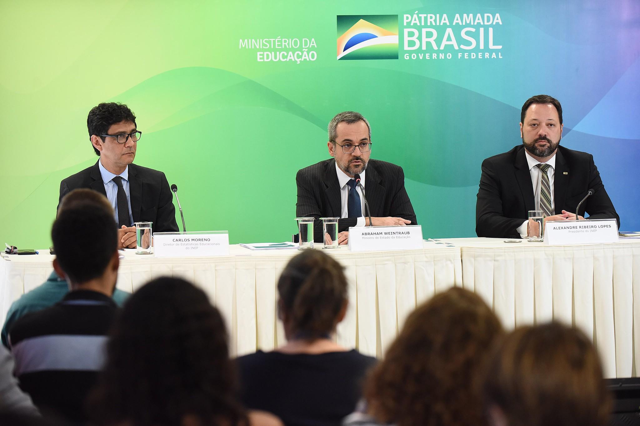 Ensino superior a distância ofertou mais vagas que o presencial em 2018, aponta Censo da Educação Superior - Notícias - Plantão Diário