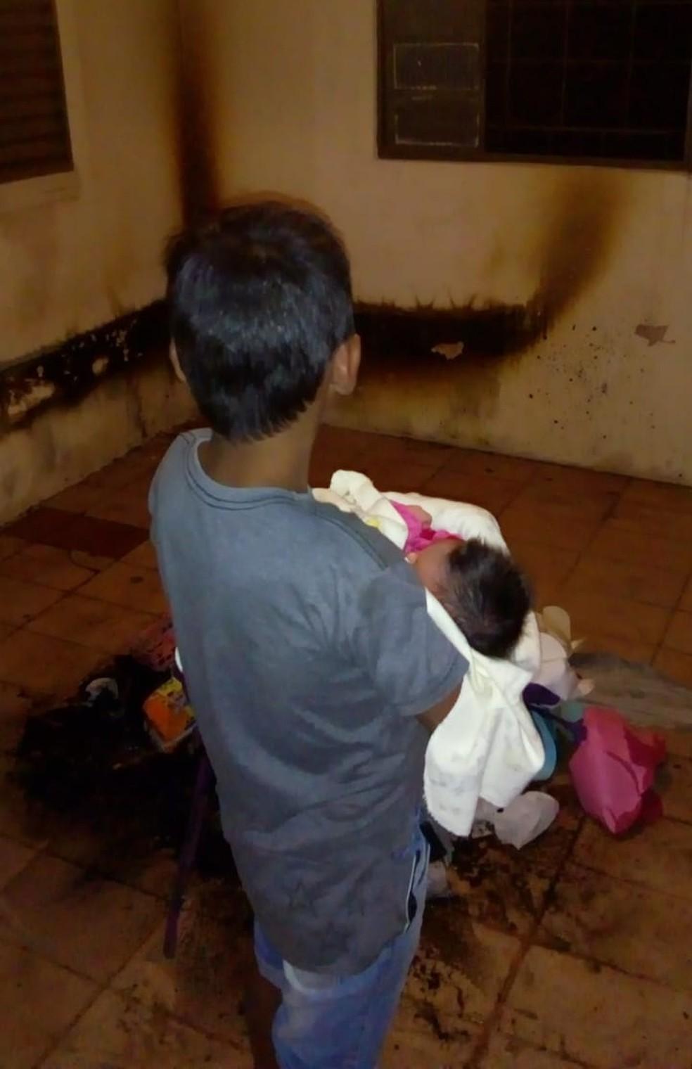 Menino de 9 anos salva irmã recém-nascida em Campo Grande. — Foto: Arquivo Pessoal/Maeli Valente