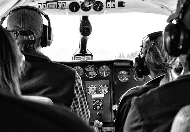 mulher ; piloto ; avião ; aeronave ; aviação (Foto: Pexels)