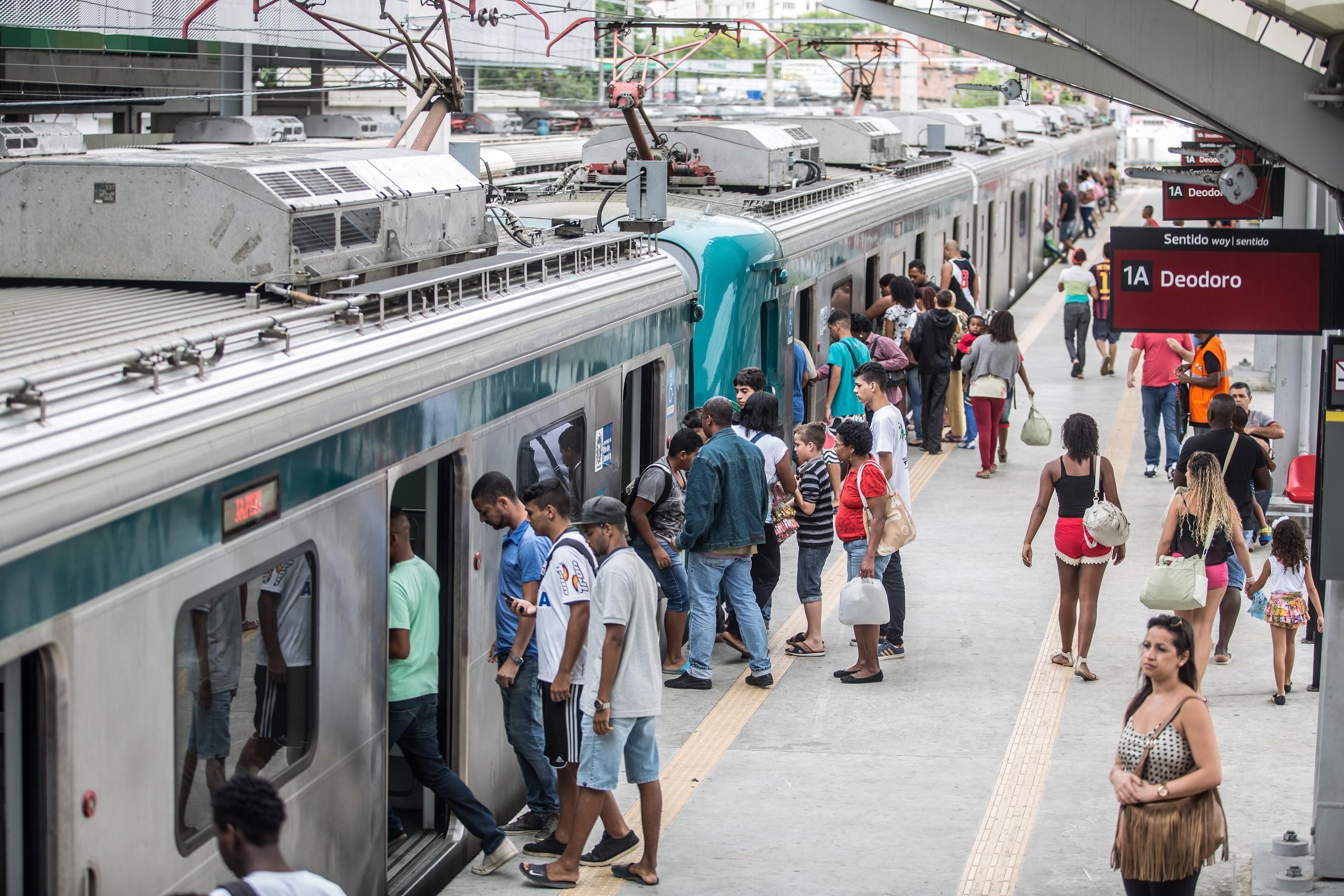 Aumento de passagem de trens da Supervia será adiado por pelo menos 20 dias