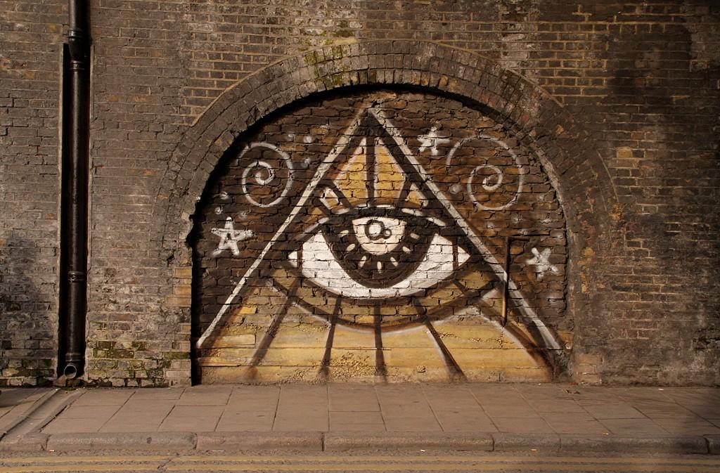 Conheça 4 teorias da conspiração bizarras que vão te surpreender