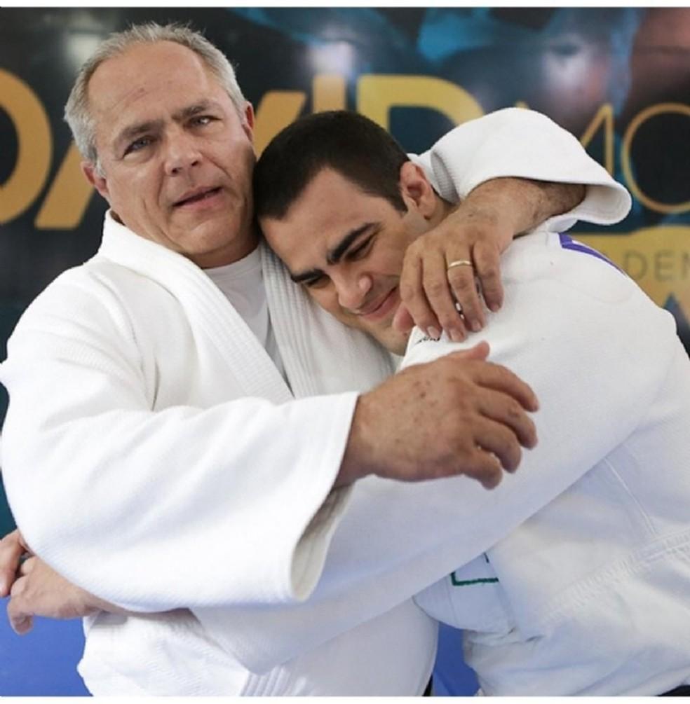 Judoca Fenelon Muller, pai do também judoca cuiabano David Moura. — Foto: Reprodução