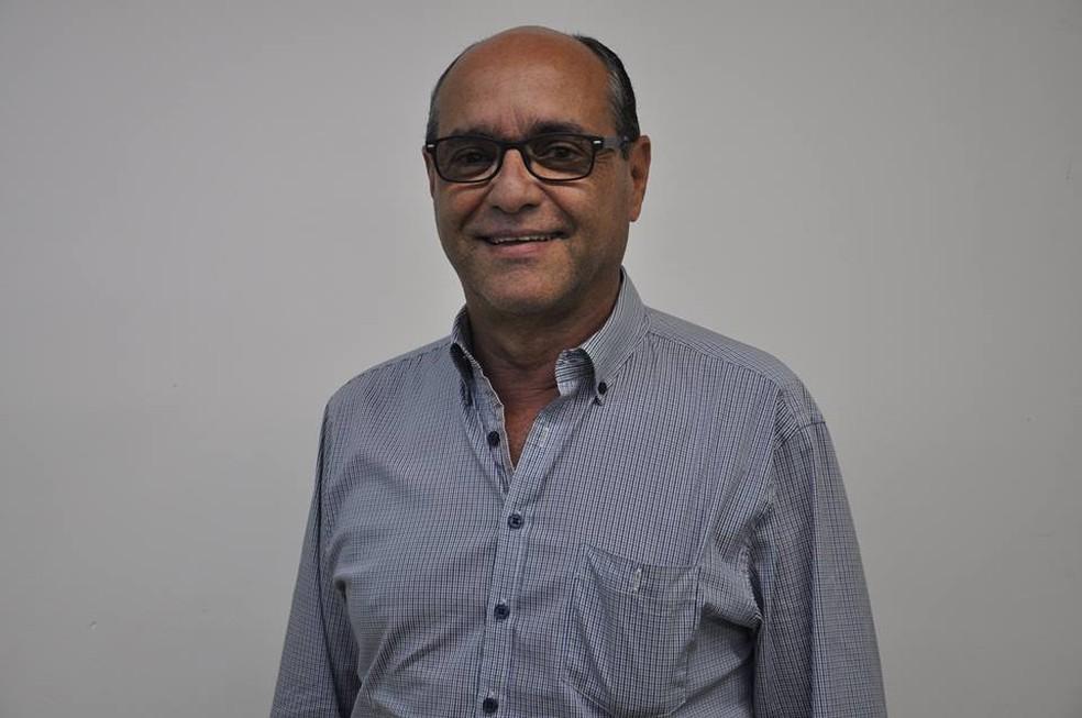 José Roberto Corrêa morreu após sofrer infarto na manhã desta terça-feira (Foto: Prefeitura de Teófilo Otoni/Divulgação)