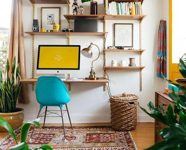 Prateleiras e plantas (Foto: Reprodução/Pinterest)