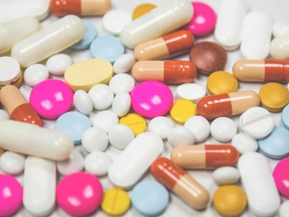 Uma causas da resistência bacteriana é o uso excessivo de antibióticos, inclusive dentro do ambiente hospitalar. (Foto: Freestocks/Joanna M. Foto)
