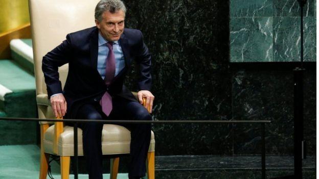 Mauricio Macri, presidente da Argentina, acompanha atento a eleição no Brasil, um dos maiores parceiros comerciais do país (Foto: Reuters via BBC)