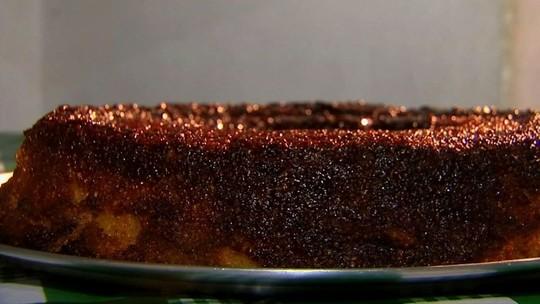 Bolo de tapioca caramelizado combina ingredientes deliciosos