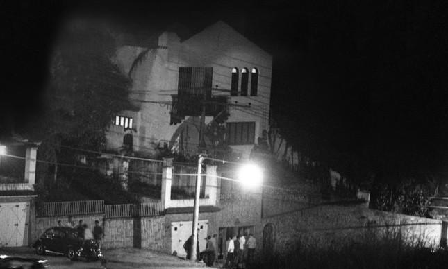 A casa na Rua Barão de Petrópolis, em Santa Teresa, usada como cativeiro do embaixador