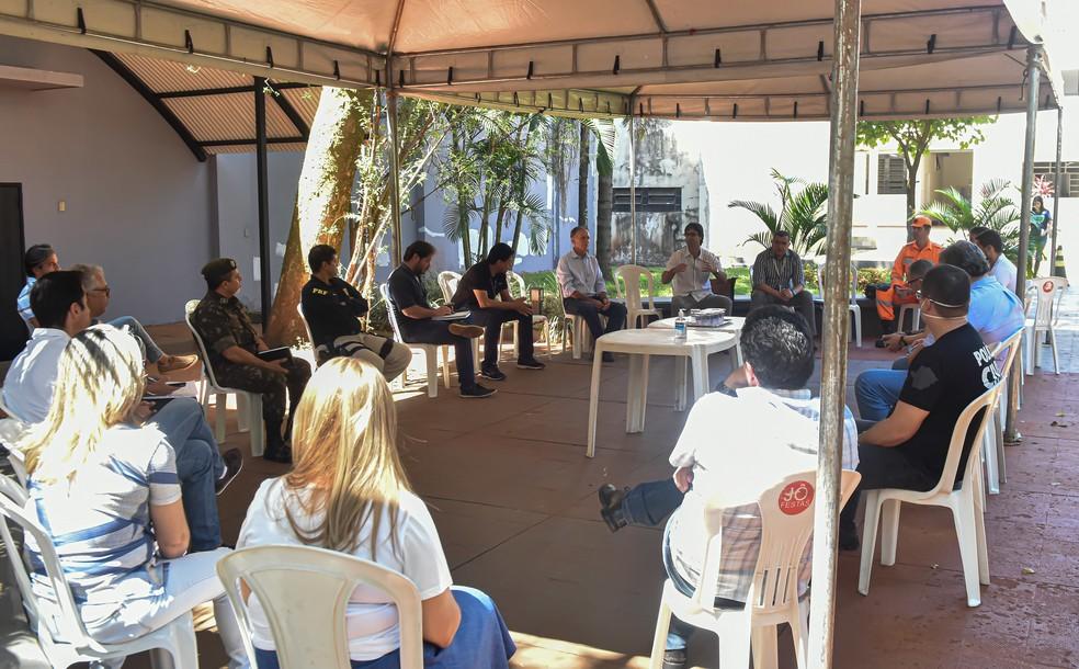 Barreira sanitária em Uberaba foi discutida em reunião entre autoridades — Foto: André Santos/Prefeitura de Uberaba