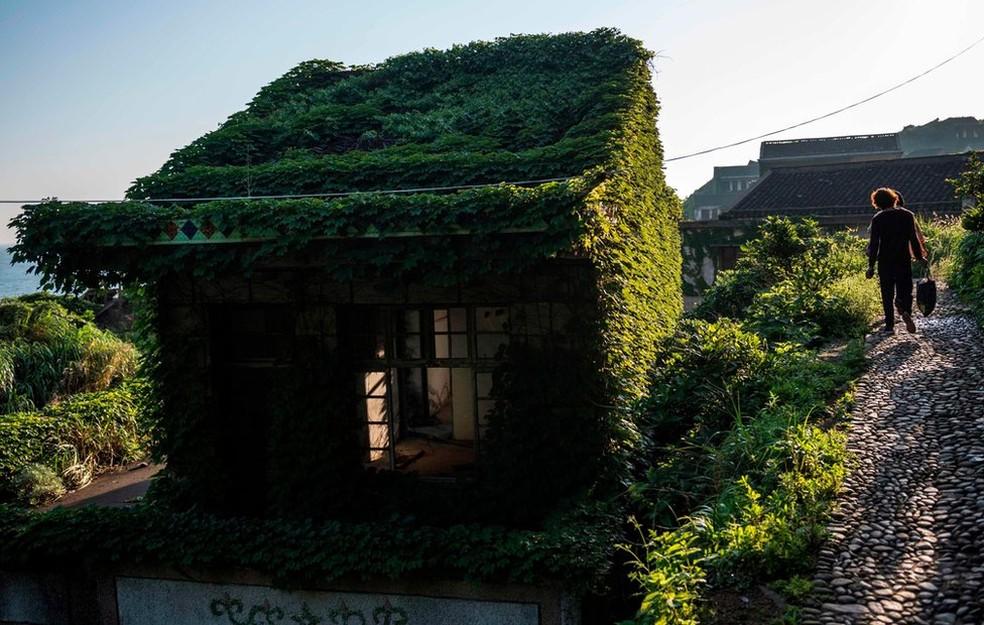 Agências de turismo têm organizado excursões para visita às ruínas (Foto: AFP)