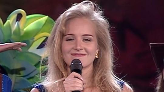 Angélica lembra estreia na Globo em show do 'Criança Esperança': 'Vi esses dias e me emocionei'