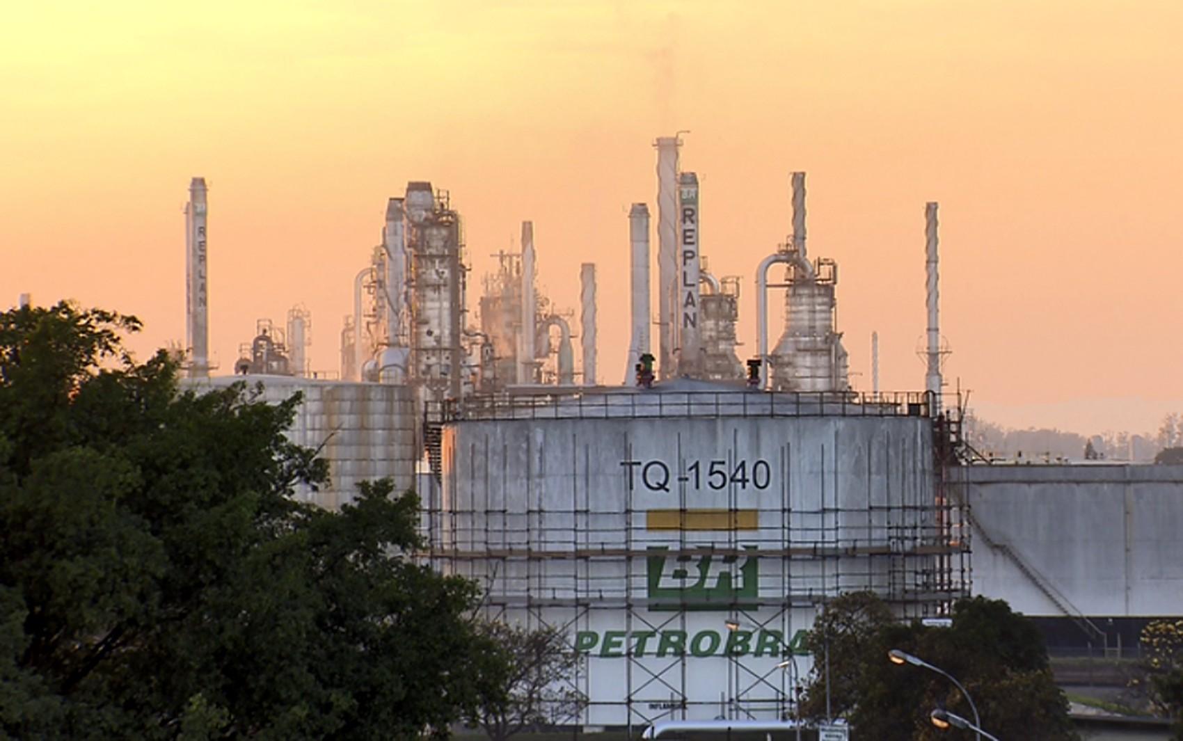 Aumento na produção de gasolina e gás de cozinha faz Replan registrar maior volume de derivados no ano