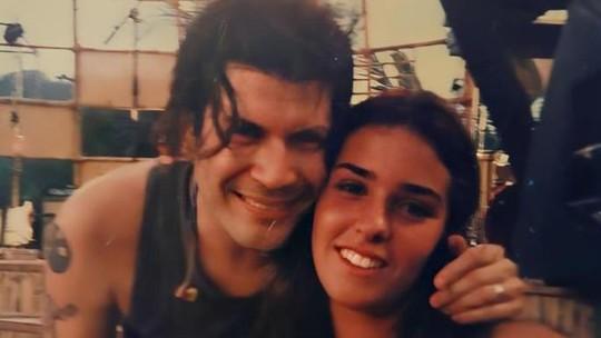 Mulher de Paulo Ricardo abre baú de fotos antigas e mostra imagem aos 16 anos com o cantor: 'A gente tinha que se reencontrar'