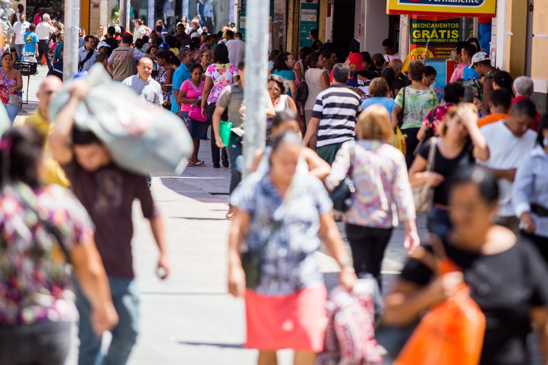 Consumo das famílias de Maceió cai 0,7% em julho, diz Fecomércio - Notícias - Plantão Diário