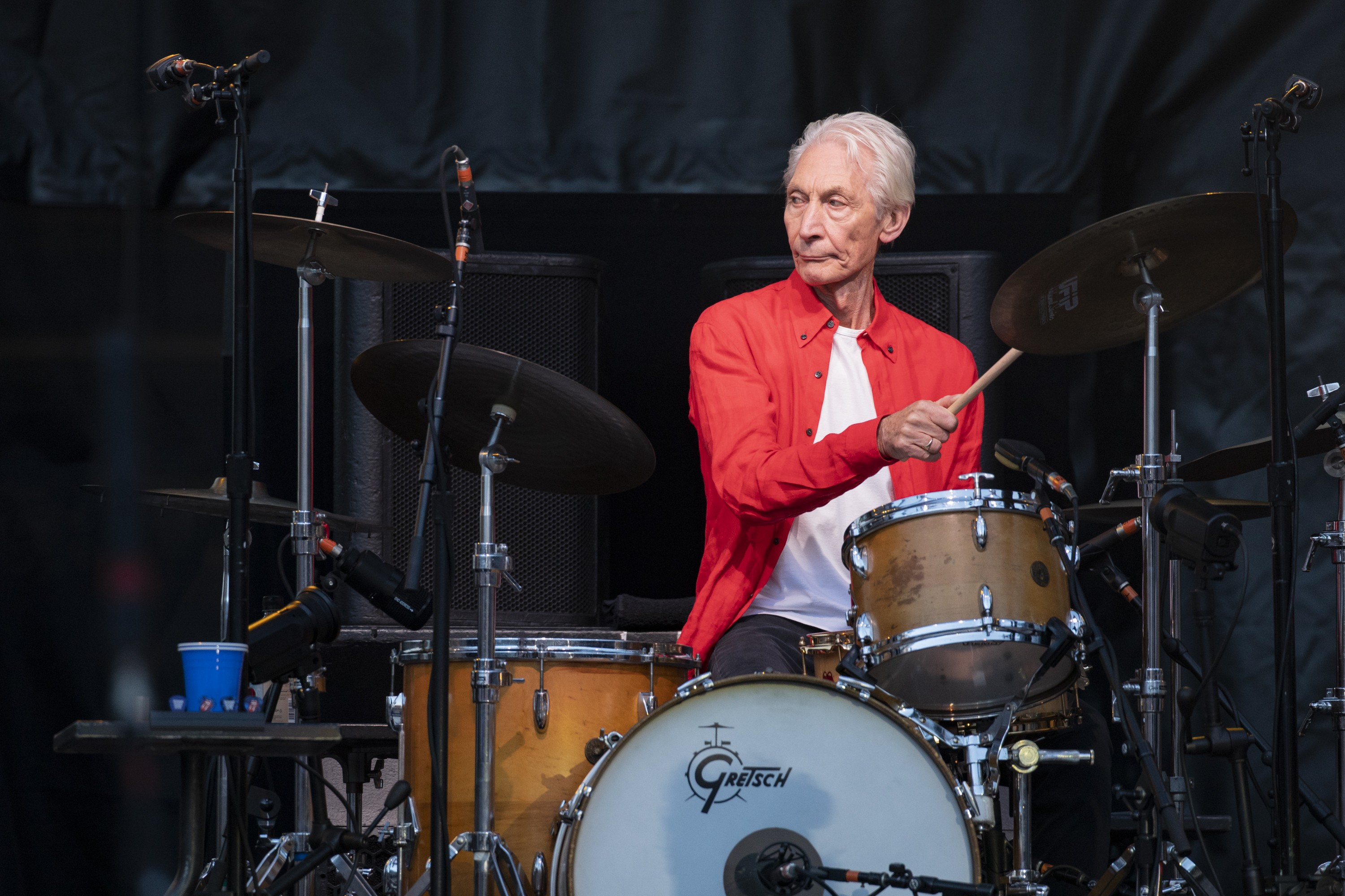 MANCHESTER, ENGLAND - JUNE 05: Charlie Watts of The Rolling Stones performs live on stage at Old Trafford on June 5, 2018 in Manchester, England. (Photo by Andrew Benge/Redferns) (Foto: Redferns)